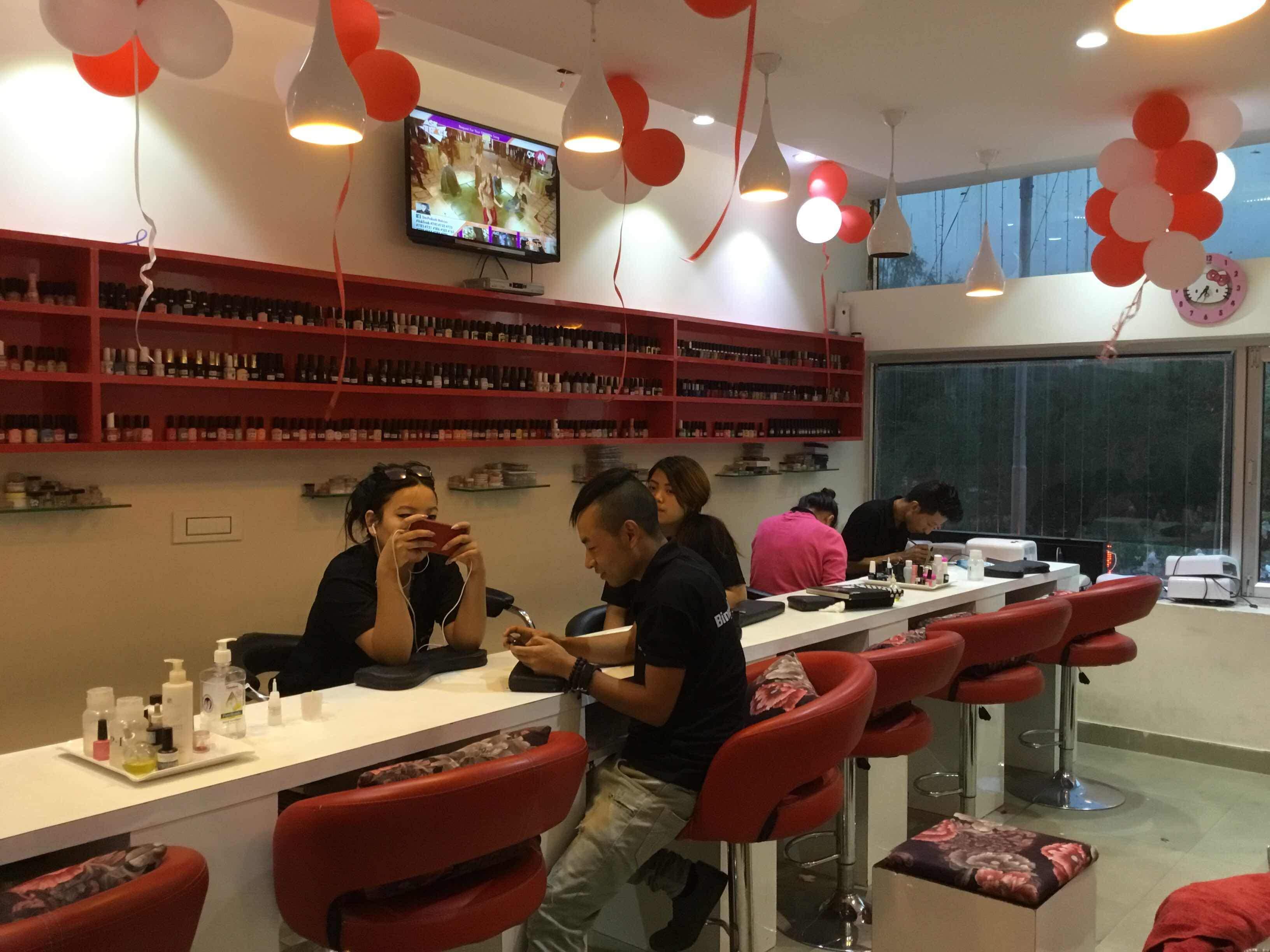 Embrace Beauty Salon & Nail Art Studio Chandigarh - ZippyEra Digital ...